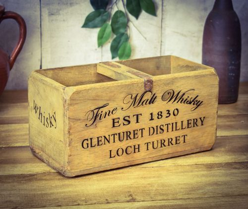 Medium Vintage Box Fine Whisky
